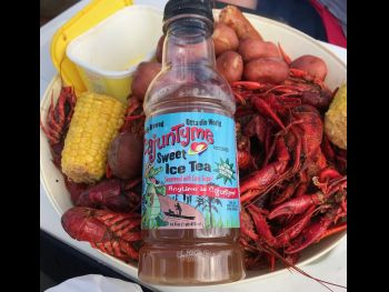 Nuttin goes betta den dat CajunTyme Ice Tea wit all dos crawfish, tators, and dat corn on da cob!